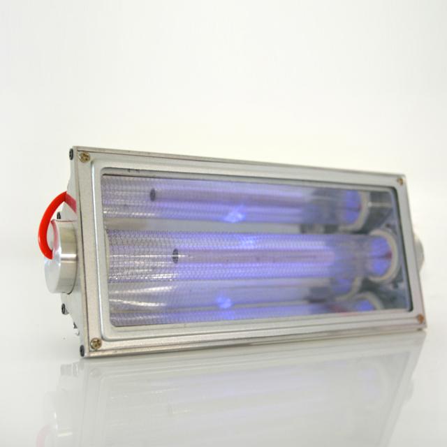 close-up2-Far-uvc-Quantalamp-b-series-FirstUVC-24V-Far-UV-222nm-15-watt-Excimer-far-uvc-222nm-15-watt-b28-24v-dc